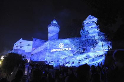 Nurnberg Blaue Nacht Keisersburg.jpg